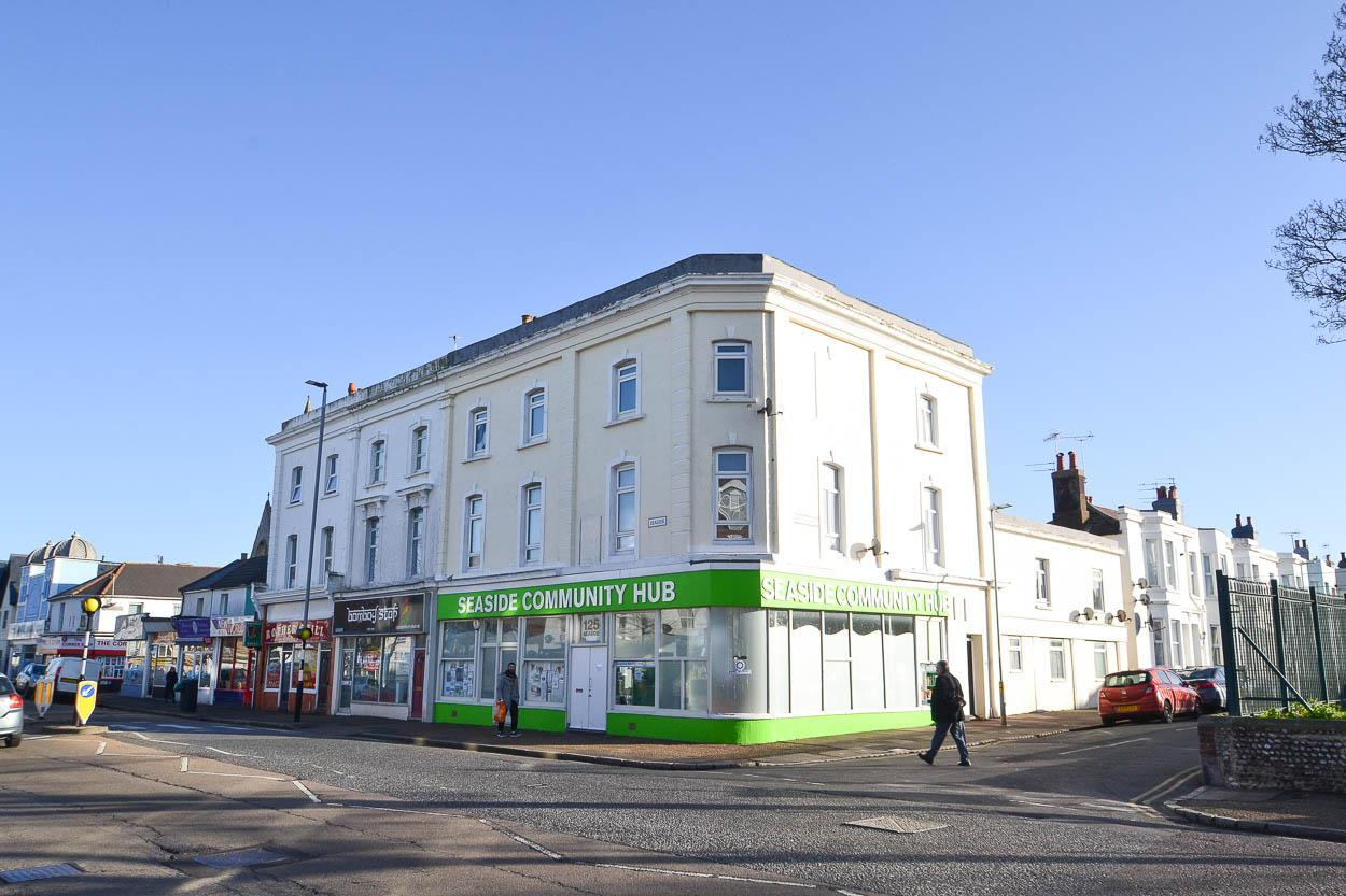 3 Bedrooms Flat for sale in Cambridge Road, Eastbourne